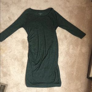 Liz Lange maternity green dress
